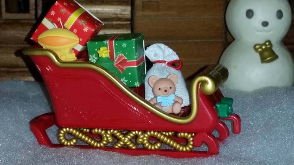 Sylvanian Families UK Baby Sleigh Ride Christmas Winter Father Christmas Milo Cakebread Poodle Henry Perriwinkle Milk Rabbit JP EPOCH Reindeer Rudolph Costume Baby