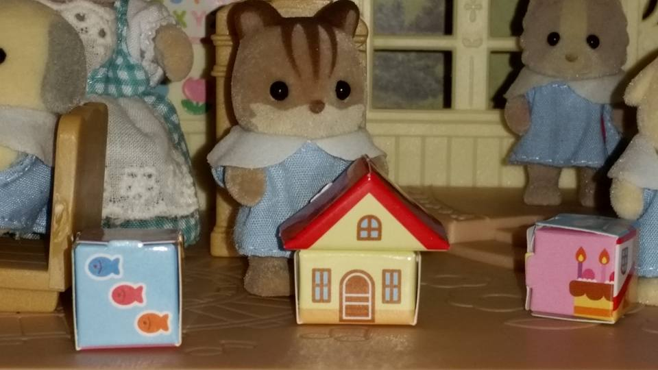 Sylvanian Families Forest Nursery School Chocolate Rabbit Meadows Mouse Golbacke Hamster Hamilton Hamster Patches Dog Walnut Squirrel Farthing Dog Doughty Dog Chiffon