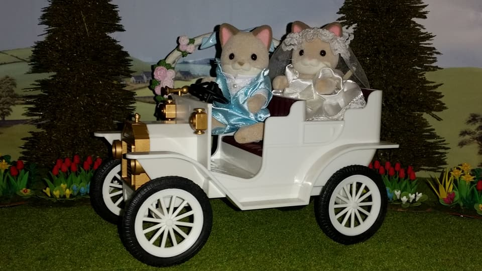 Sylvanian Families UK Wedding Dante Cats Keats Cat Family Club Exclusive Church Flair EPOCH Tomy Bride Groom Church Wedding Car Urban Life