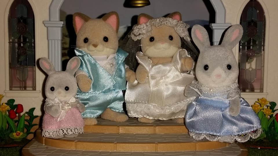 Sylvanian Families UK Wedding Dante Cats Keats Cat Family Club Exclusive Church Flair EPOCH Tomy Bride Groom Church Cottontail Rabbit Bridesmaids