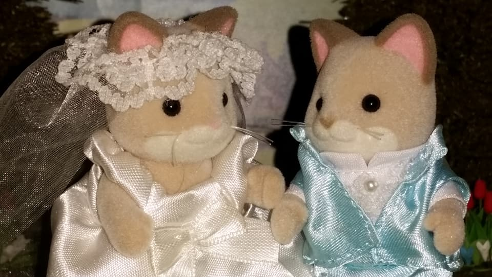 Sylvanian Families UK Wedding Dante Cats Keats Cat Family Club Exclusive Church Flair EPOCH Tomy Bride Groom Church