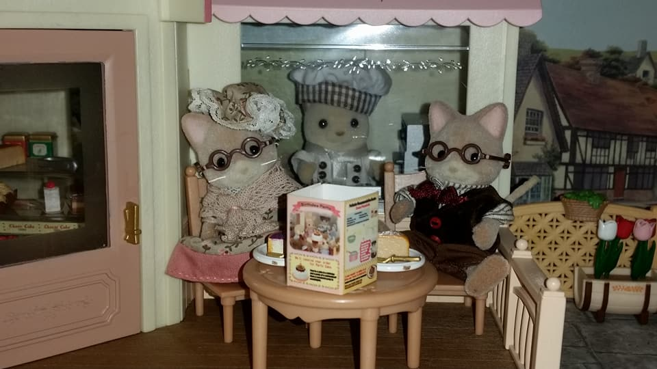 Sylvanian Families UK Cake Shop 2006 JP Keats Cat Chef Macavity Cat Grandparents EPOCH Flair Tomy