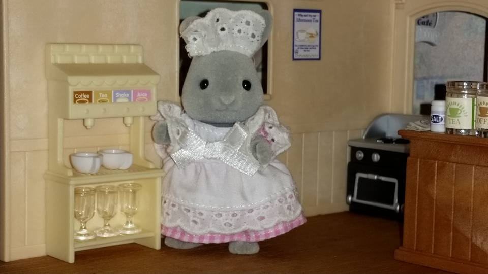 Sylvanian Families Blackcurrant Cafe Brighteyes Rabbit Family Marion Brighteyes Flair EPOCH
