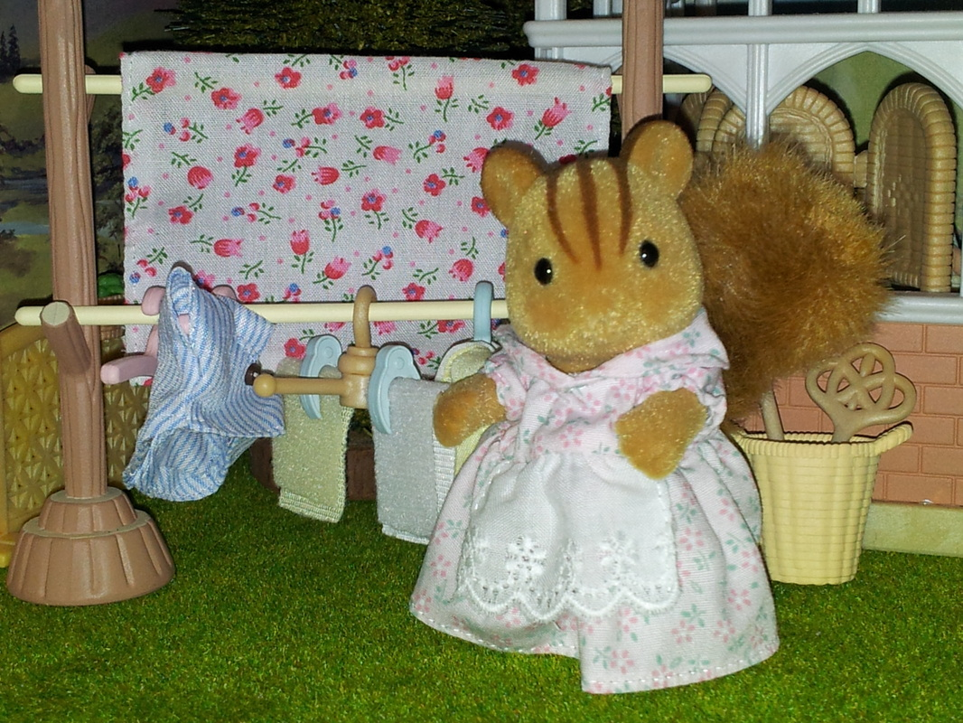 The Furbanks Squirrel Family Sylvanian Families Walnut Uk Tomy Flair Jp