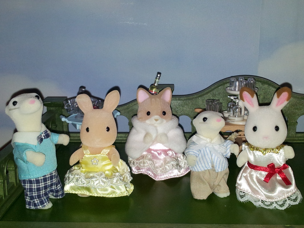 Sylvanian Families UK Urban Life Country Manor Freya Chocolate Birthday Party White Ermine JP