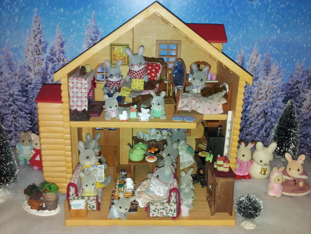 Sylvanian Families UK Red Roofed House Cottontail Rabbit Show Warren White Rabbit Winter Penguins Snow Freya Chocolate