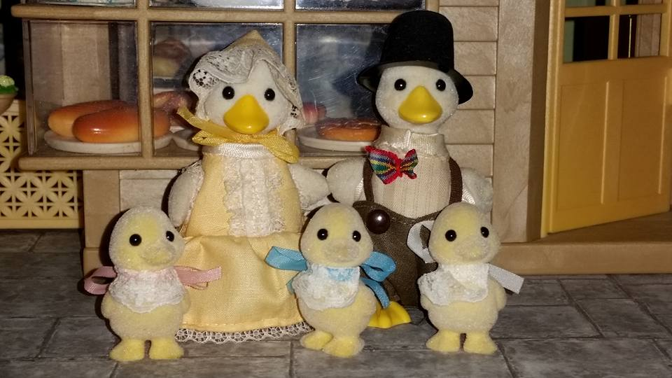 Sylvanian Families Urban Life Duck Family Puddleford Duck Family EPOCH Tomy Flair